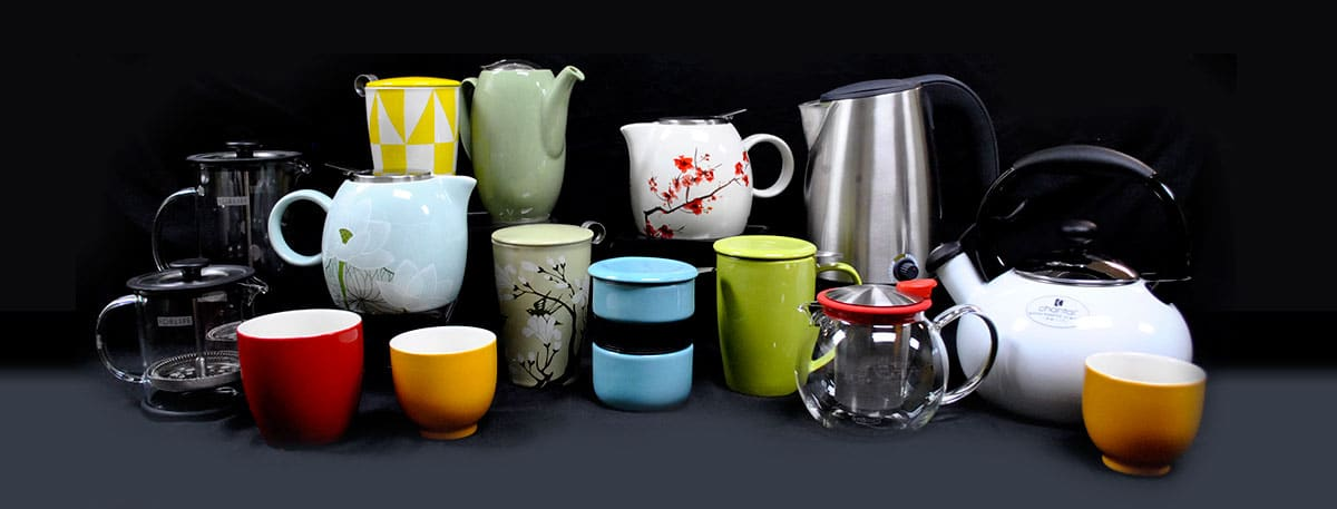 Accessories-Tea-cups,-mugs,-pots-and-presses